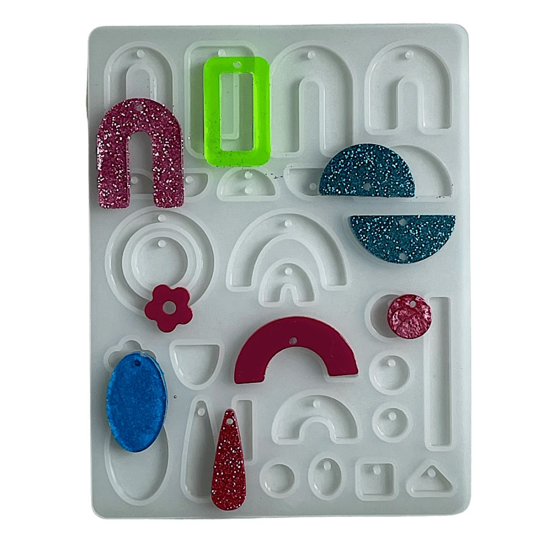 https://www.resinobsession.com/products/resin-drop-pendant-charms-mold-multiple-shapes-and-sizes/