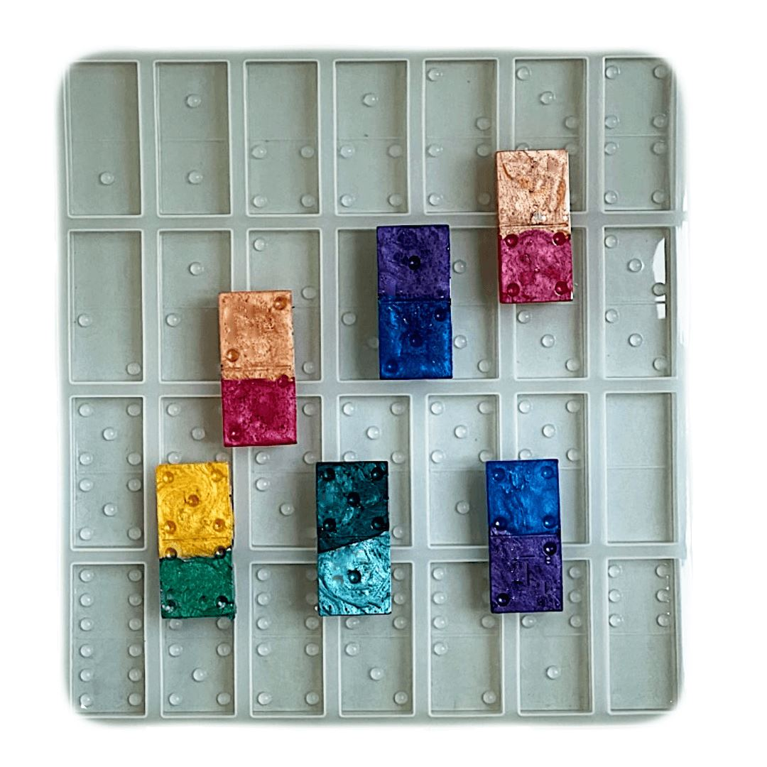https://www.resinobsession.com/products/silicone-resin-domino-mold-diy-domino-game-pieces/