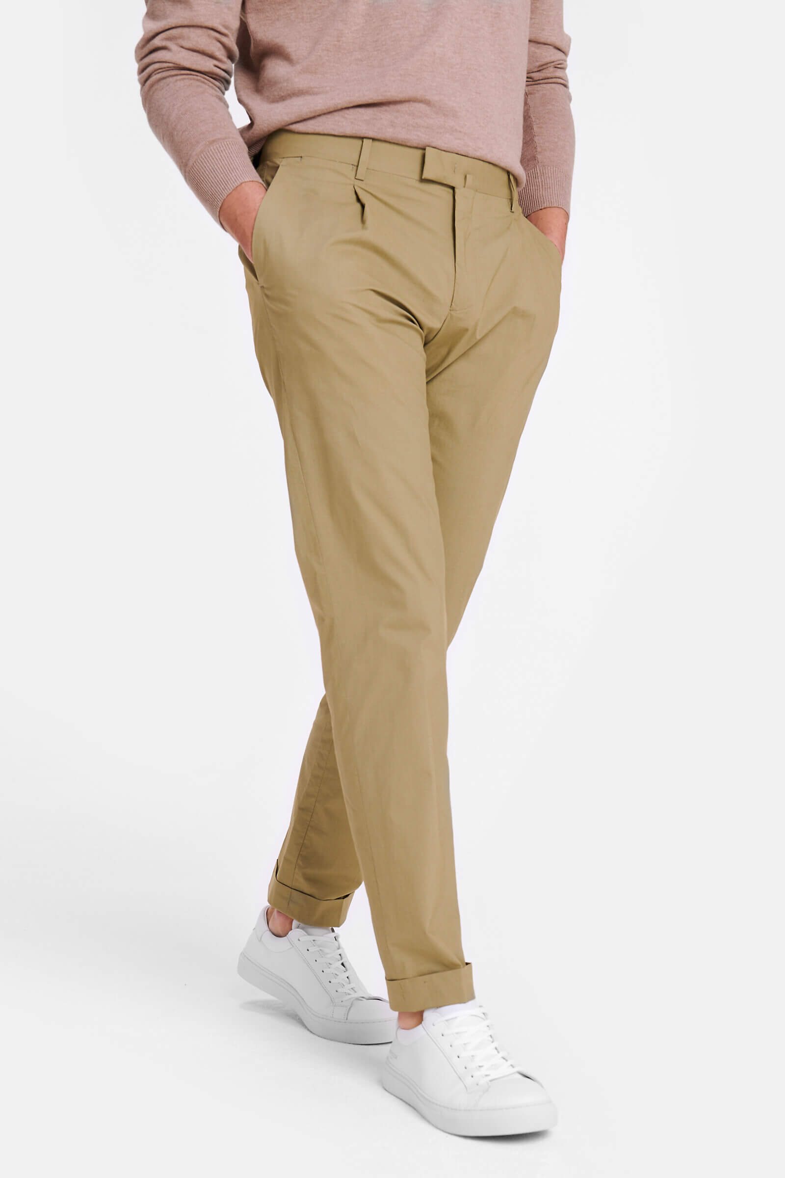 Regular fit poplin pleated chino