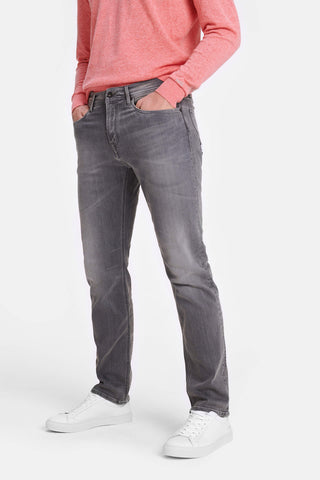 Regular fit jeans in medium grey wash
