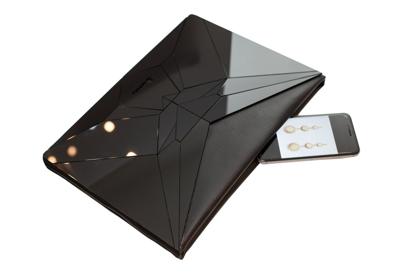 VECTORY BLACK ENVELOPE