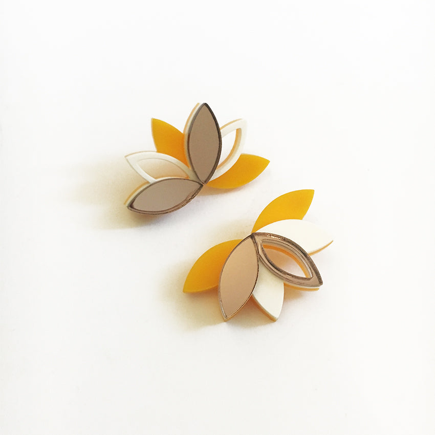 VITAL LOTUS BRONZE EARRINGS