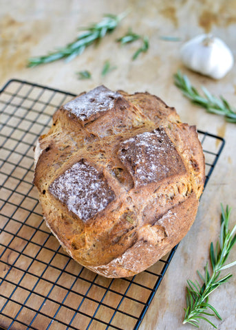 Roasted garlic and rosemary bread - Gluten free, vegan