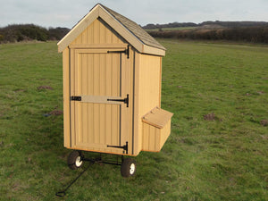 Colonial Gable Chicken Coop with Wheels