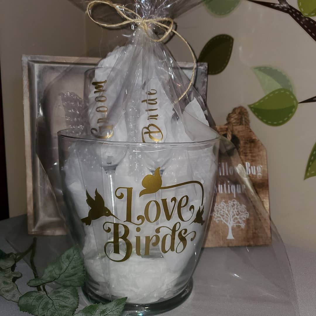 Buy Wedding Gifts for Couple Online