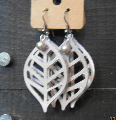 Shop Online Artificial Jewelry:  Leave Shape Earrings