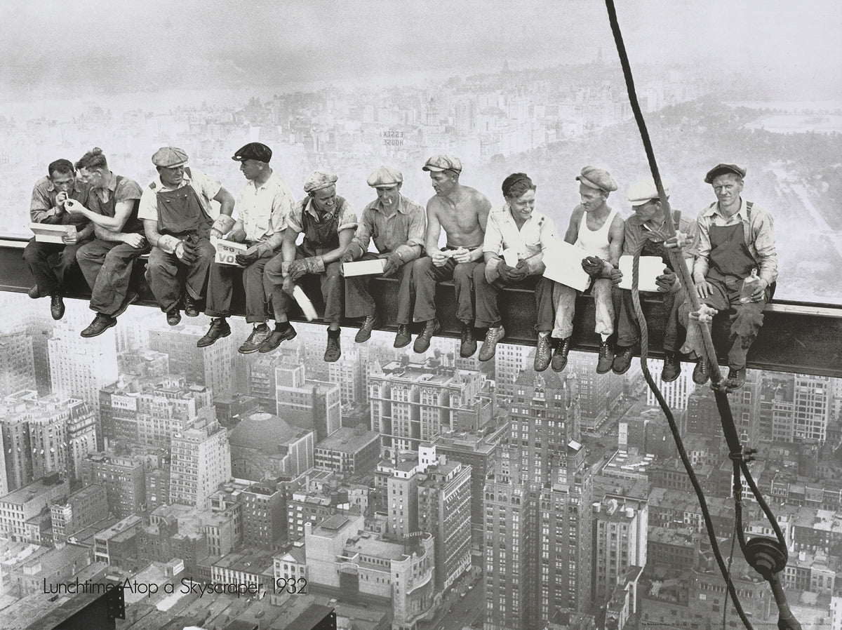 Charles Ebbets - Eating above Manhattan