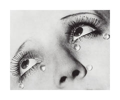 Glass Tears, 1932