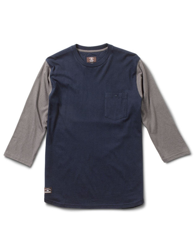 Leavenworth 3/4 Sleeve :: Navy