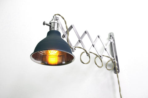 Original Scissor Lamp (Gray Wire)