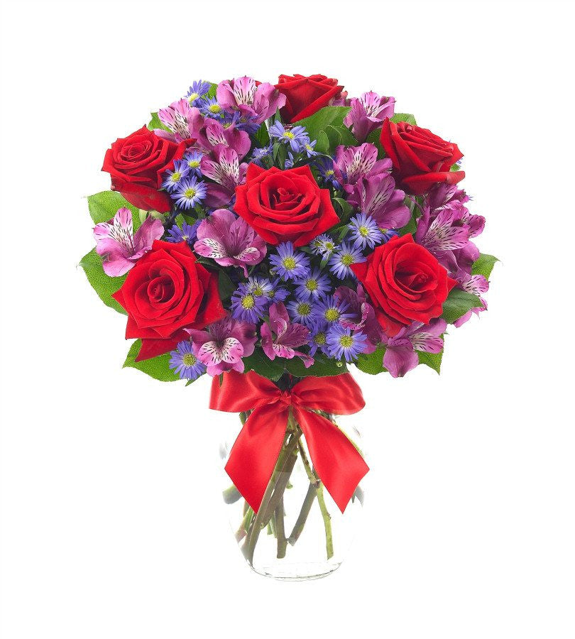 The expressions of flowers™ – essentials collection was created with you, the traditional retail flower shop in mind, and offers a wide variety of merchandising opportunities for both holidays.
