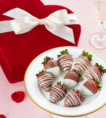 Valentine Chocolate Strawberries in Heart Box