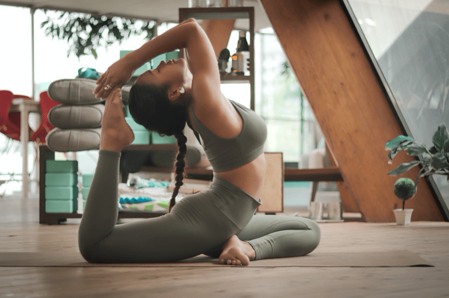 Everything you need to know about Vinyasa yoga