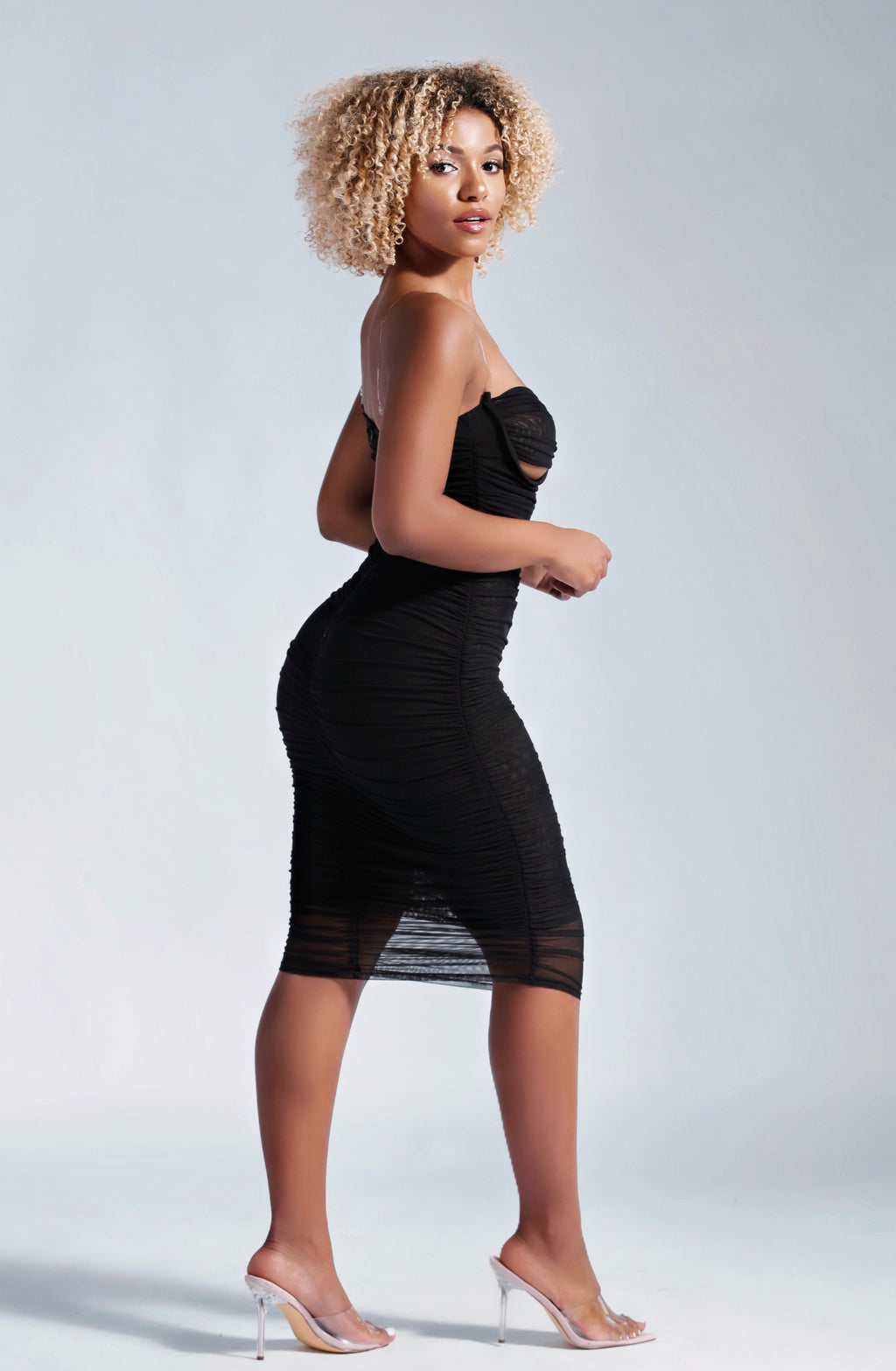 HUGS YOUR BODY MIDI DRESS IN BLACK-DRESSES-Twerkish Boutique