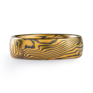 Mokume gane patterned ring, twist pattern, yellow gold and silver, 6mm wide with a low dome profile