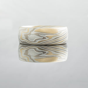 Birch tree bark pattern in mokume gane wedding band. wood grain alternative unique wedding ring Elegant yellow white gold two toned palladium mixed metal handmade artisan made