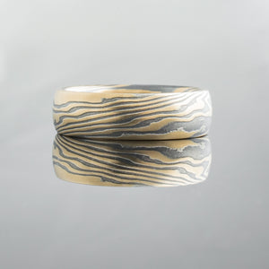 High contrast mokume gane mens ring. Unisex. Gold and blackened silver