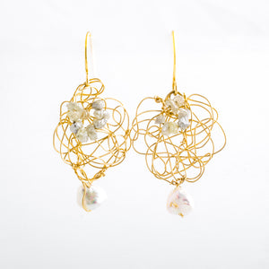 14K Gold Spun Freshwater Pearl Raw Diamond and Keishi Pearl Earrings