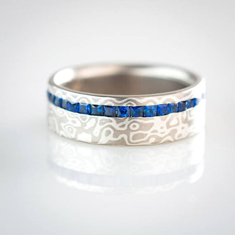 Mokume Droplet Eternity Band in Ash with Sapphires