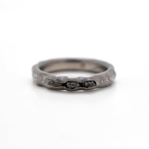 Mokume Guri Bori Ring in Oxidized Ash with Raw Diamonds