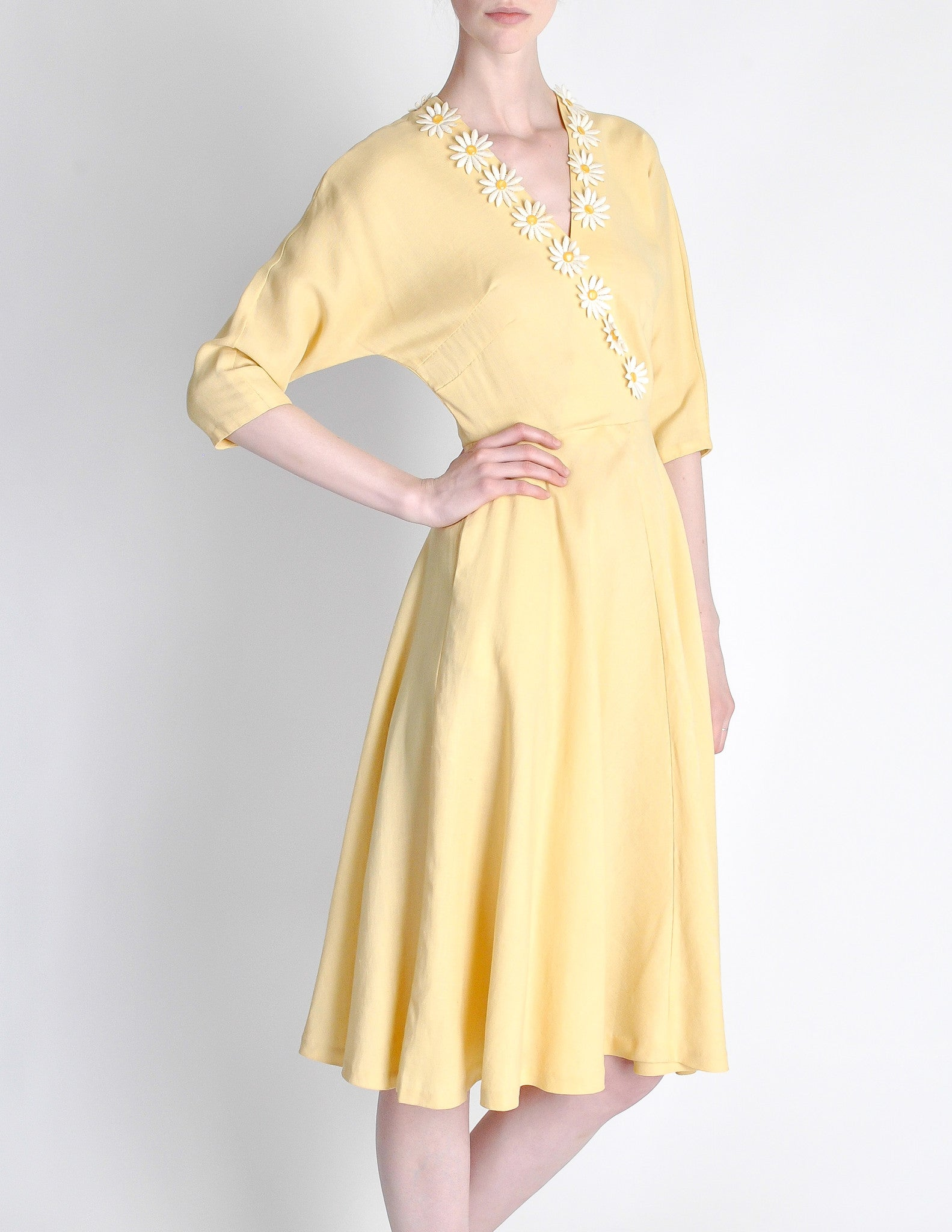 768aac4fb Vintage 1940s Yellow Linen Daisy Dress - from Amarcord Vintage Fashion