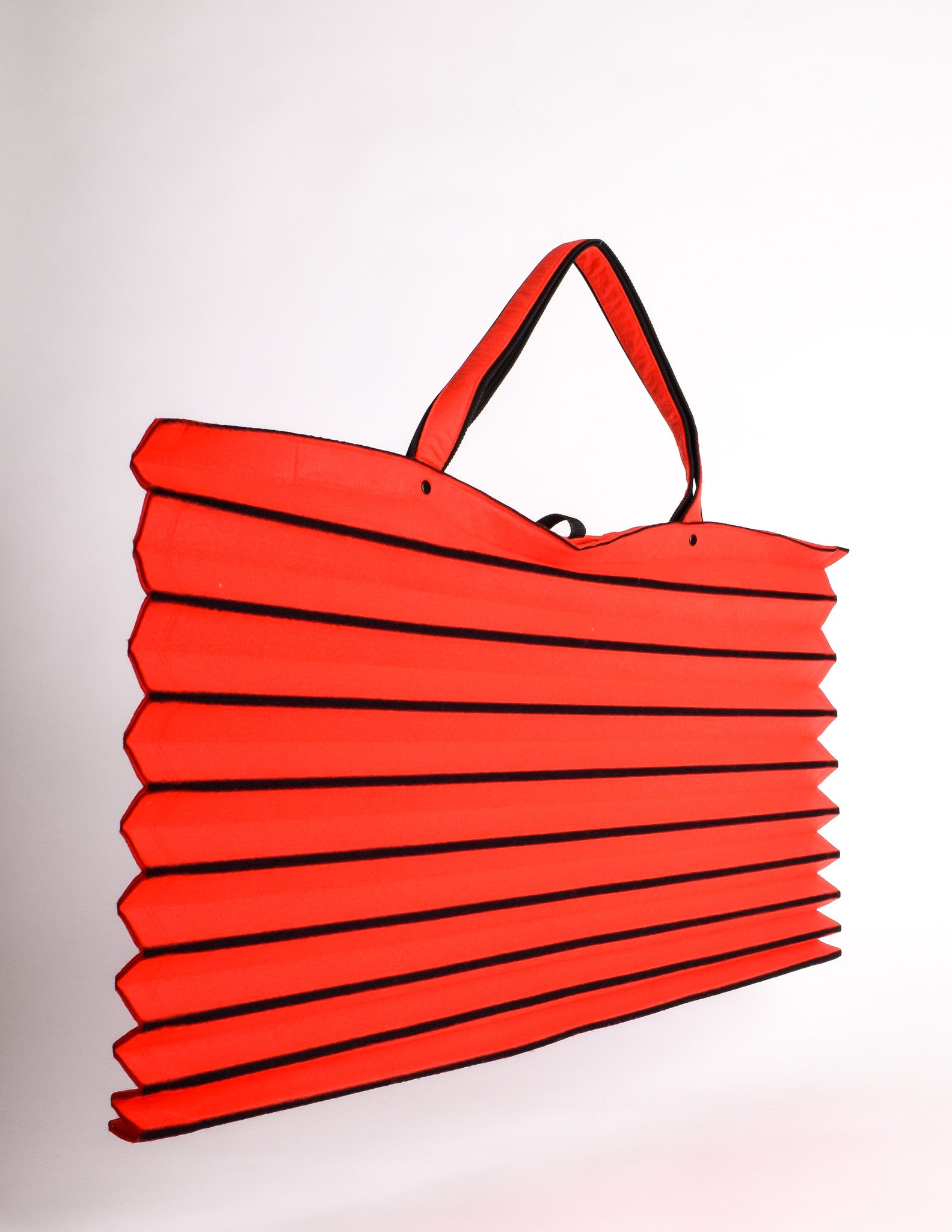 fa6355d5b6 Issey Miyake Vintage Red   Black Felt Accordion Pleated Oversized Bag - Amarcord  Vintage Fashion -