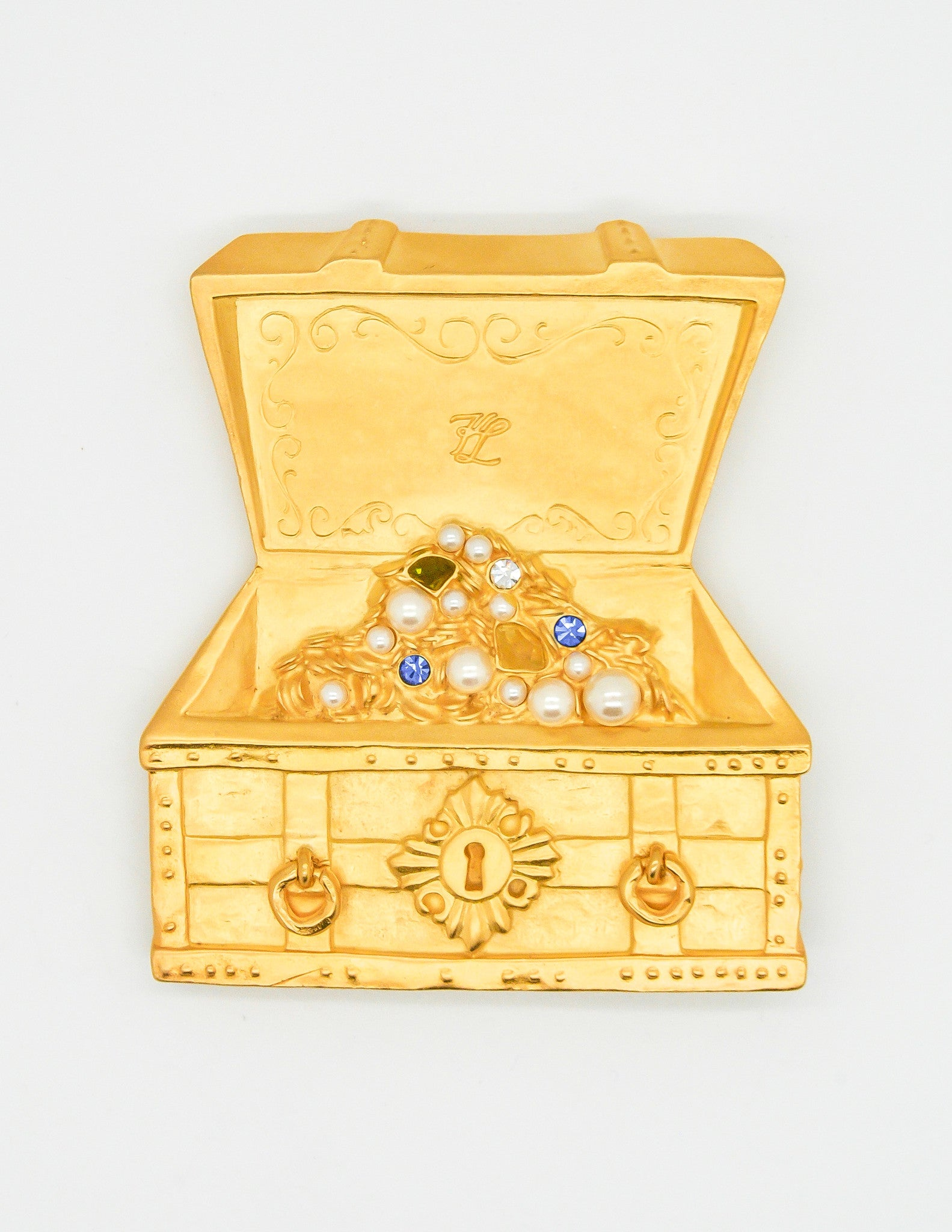 karl lagerfeld vintage treasure chest brooch from amarcord