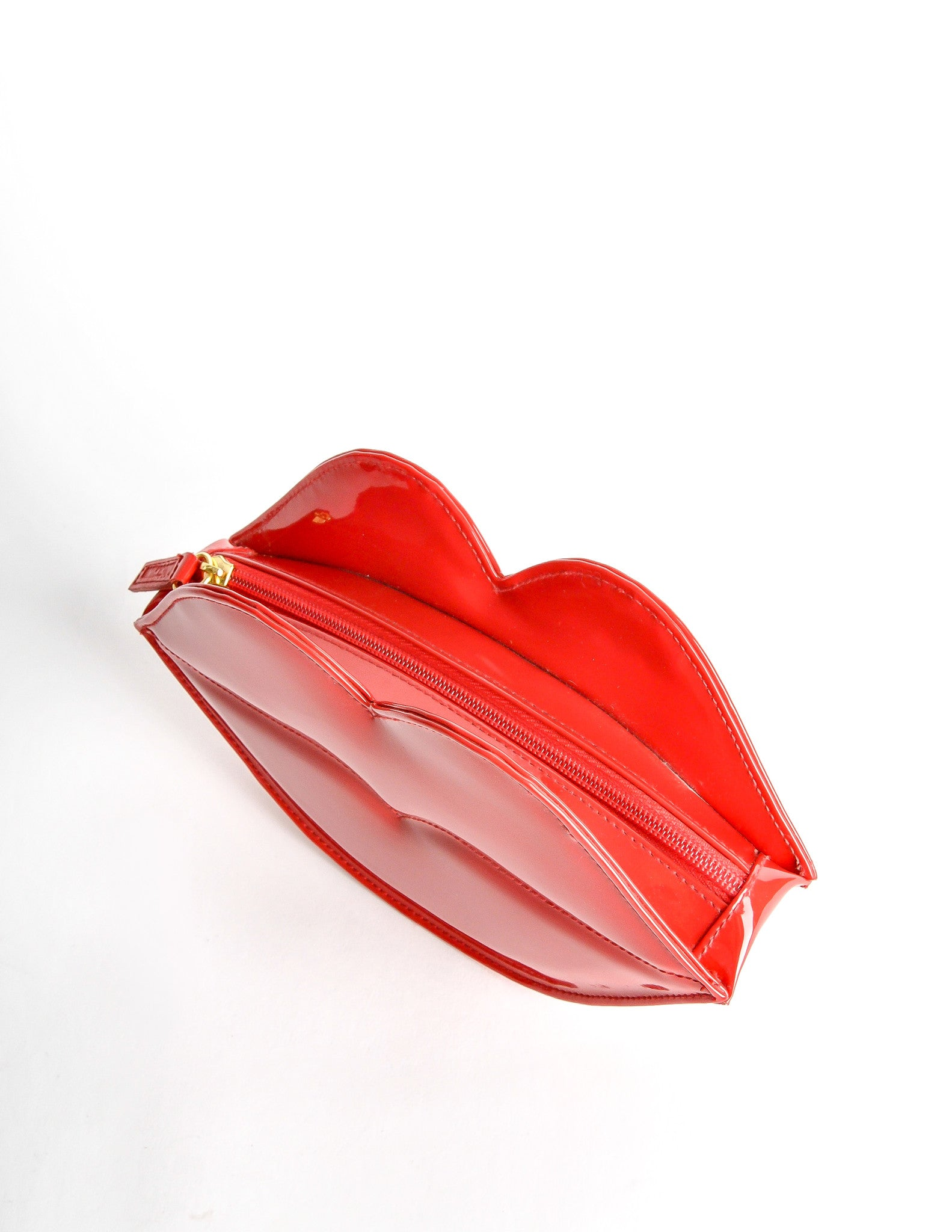 bb243e925c Moschino Vintage Red Patent Leather Lips Clutch Bag - Amarcord Vintage  Fashion - 3