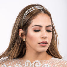 Load image into Gallery viewer, Crystal Bridal Head Piece