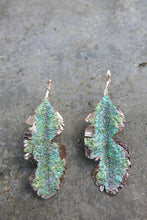 Load image into Gallery viewer, Plátano Leaves earrings