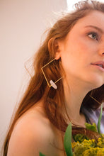 Load image into Gallery viewer, Cáliz earrings
