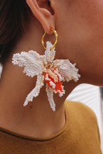 Load image into Gallery viewer, Nepono earrings
