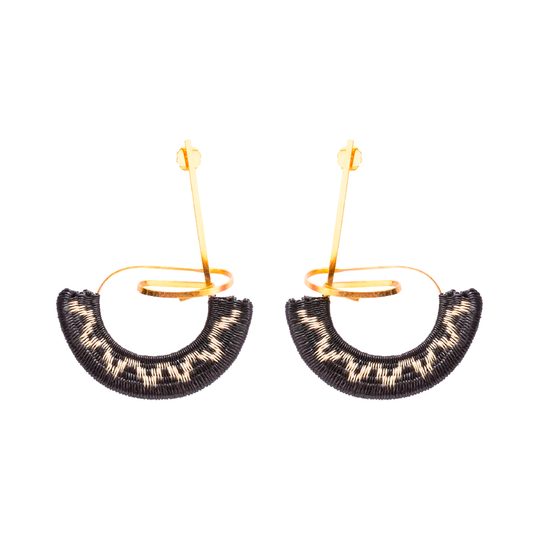 Ocharjo Abanico earrings