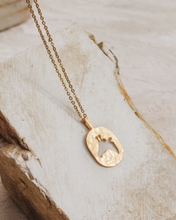 Load image into Gallery viewer, Giraffe necklace