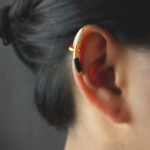 Lineal Earcuff - earrings