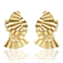 Load image into Gallery viewer, Mujura Mate Gold Swarovski earrings