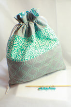Load image into Gallery viewer, Blue Fleur - Knitting Project Bag - Bag and Stitch Markers SET