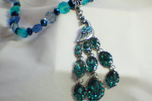 Load image into Gallery viewer, Elegant Peacock Beaded Necklace