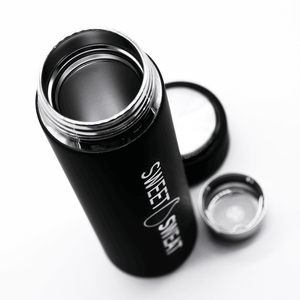 STAINLESS STEEL WATER BOTTLE WITH TEA INFUSER -17OZ - sweetsweateurope