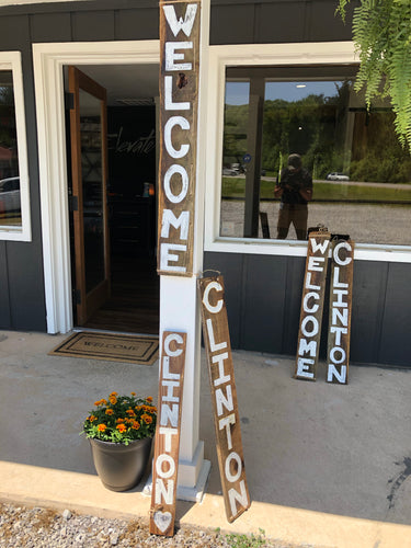 OLD SOUL'S Handmade Welcome/Clinton Sign