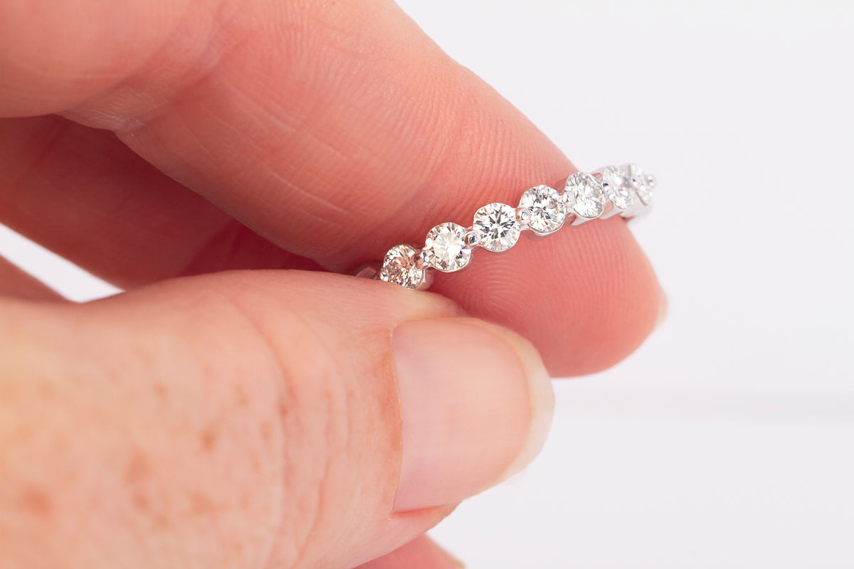 Round Brilliant Cut Diamond Set Band