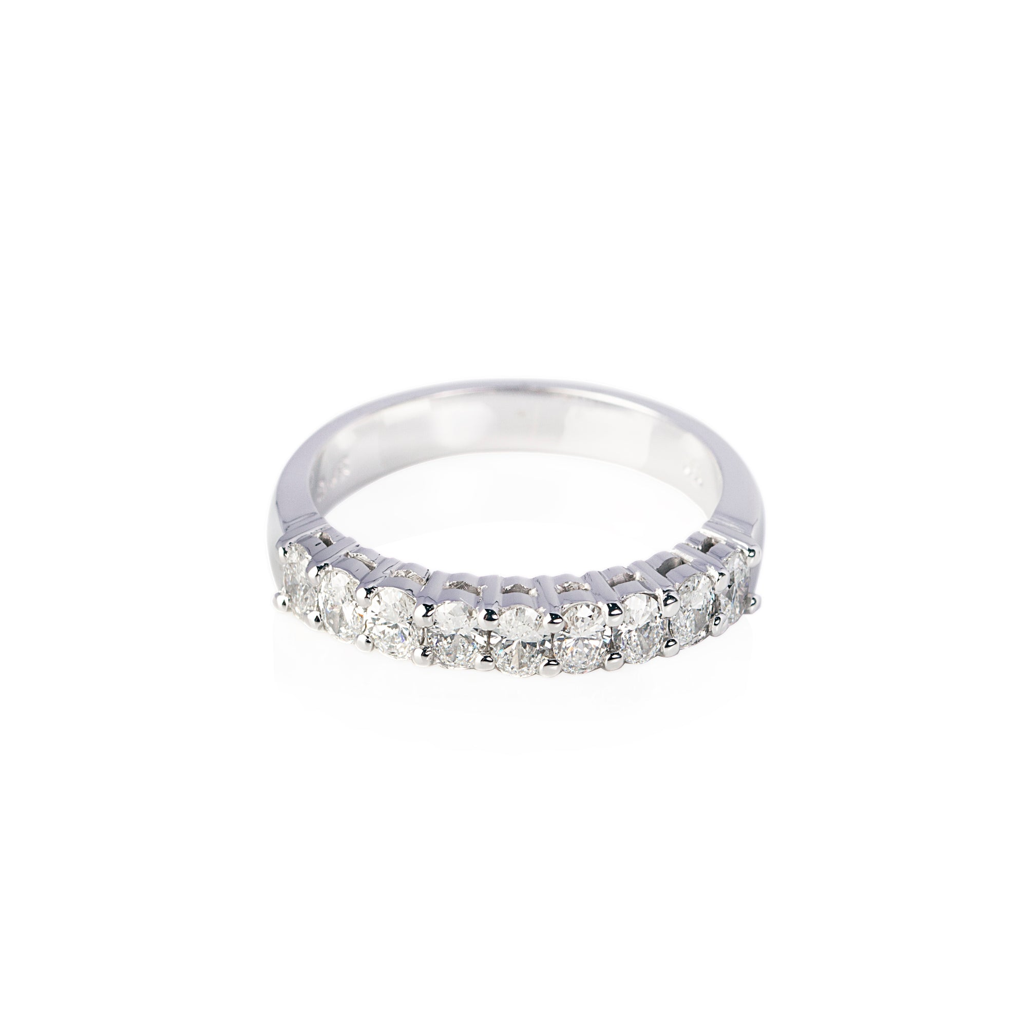 Oval Diamond set Band