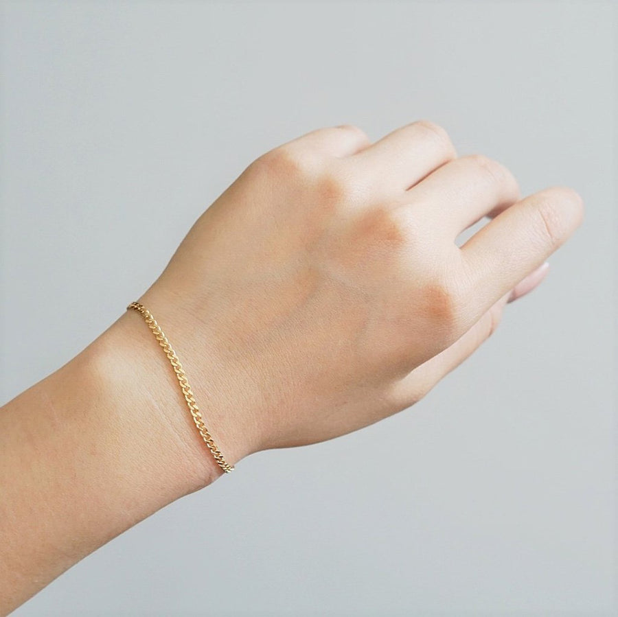 Classic Curb Chain Bracelet - Dainty & Co. Jewelry
