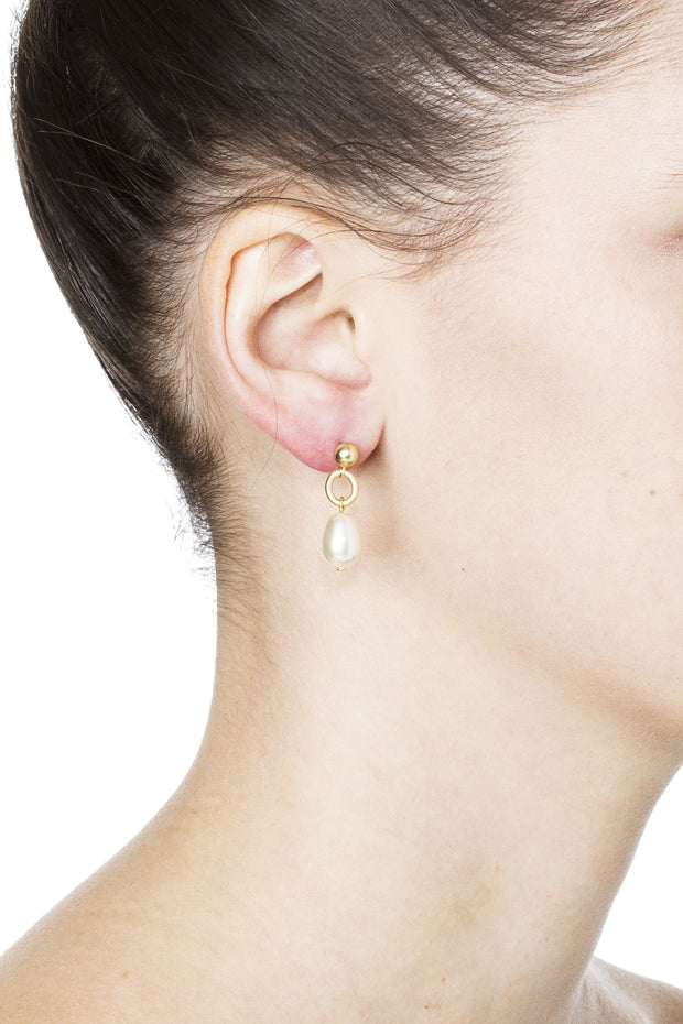 Billie Post Earrings – Gold 2