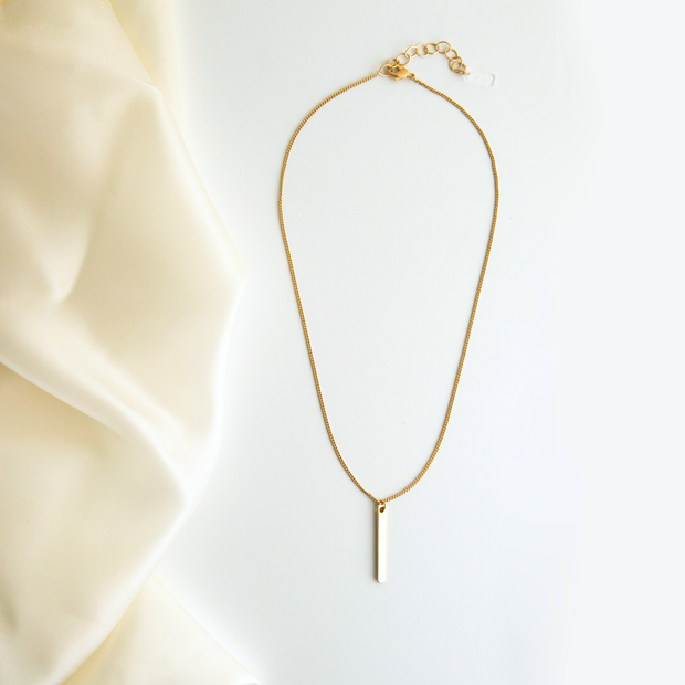 Lucia Bar Drop Necklace - Gold