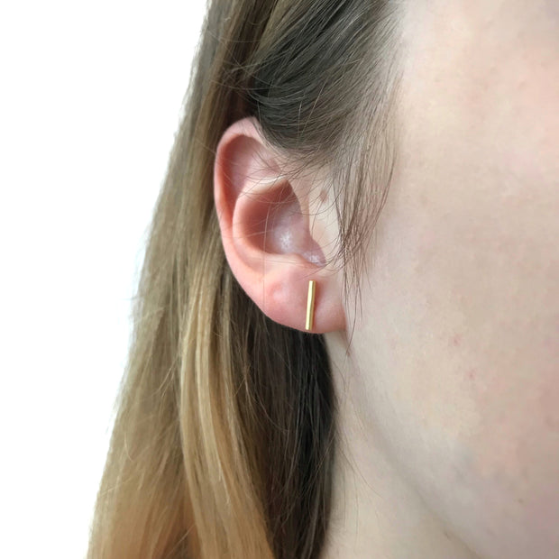 Rounded Bar Stud Earrings - Gold