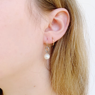 Heirloom Oval Pearl Earring - Silver