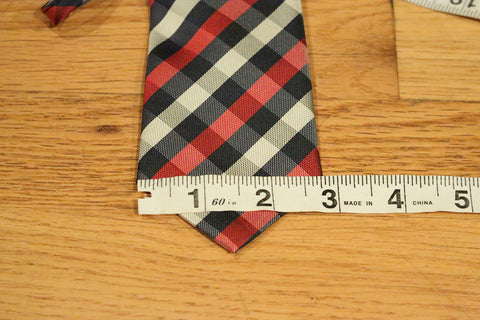Skinny Gangnam Zipper Tie with Blue, Red, and White Design