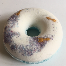 Load image into Gallery viewer, Secret Crush Bath Bomb Donut - BATH HAUS & CO.