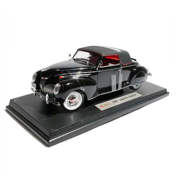 1939 Lincoln Zephyr Model 1:18